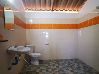 Here-and-Now-Guesthouse-Bathroom